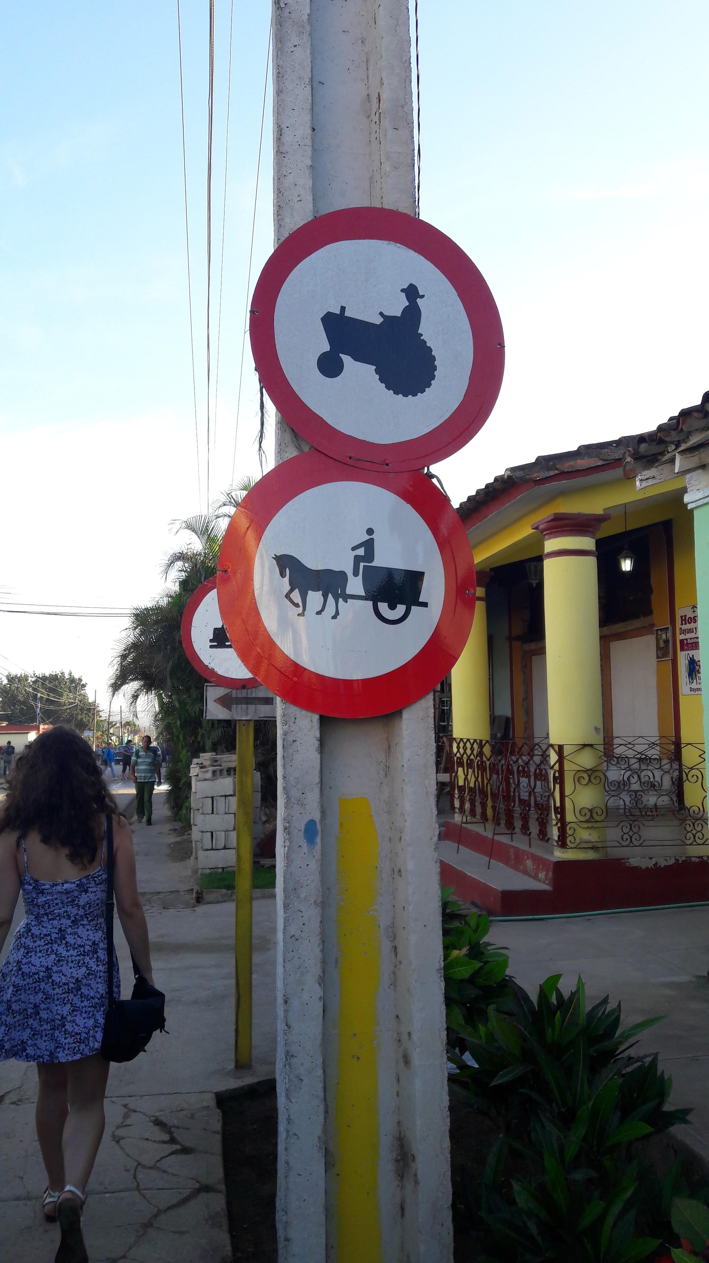 mezzi-trasporto-viñales-cuba