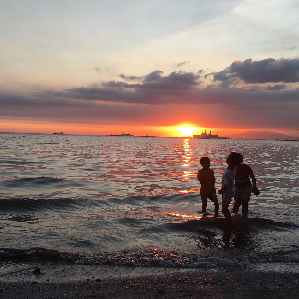 tramonto-manila-baywalk