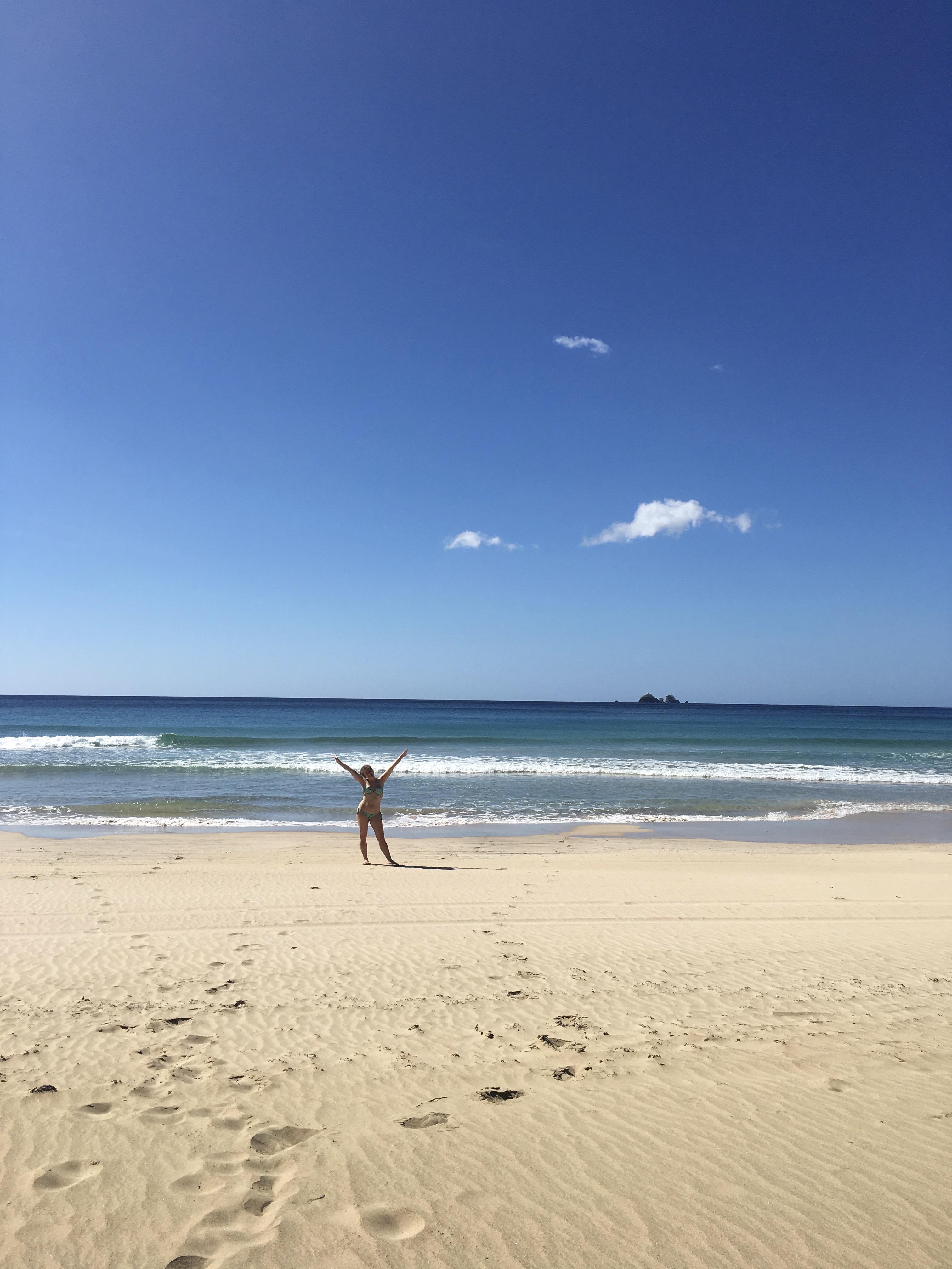 spiaggia-nagtabon-beach-palawan