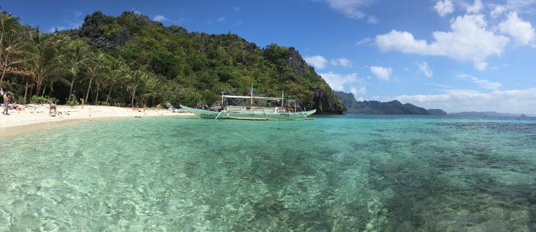 island-hopping-tour-el-nido-palawan