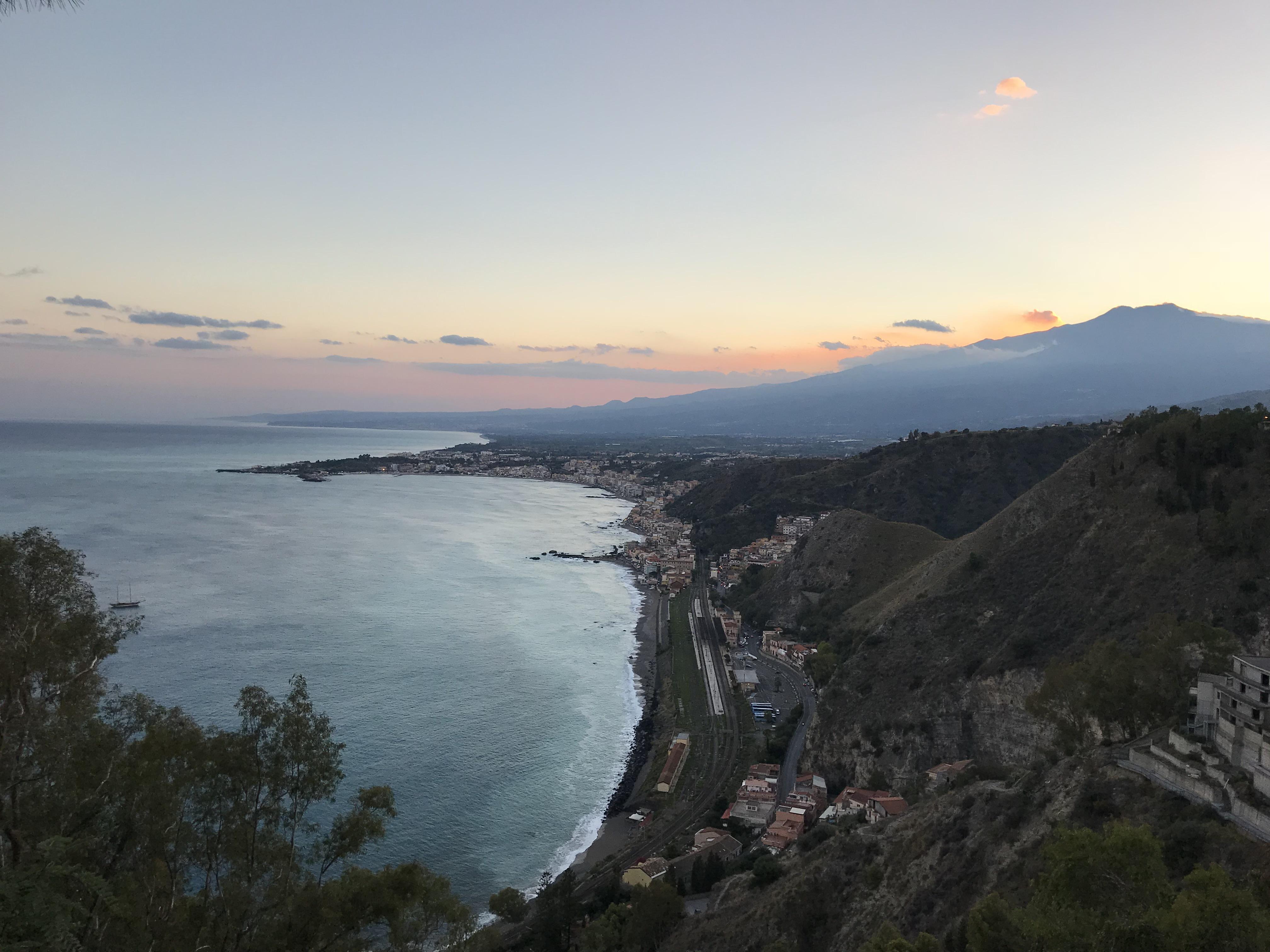 vista-giardini-villa-comunale-taormina