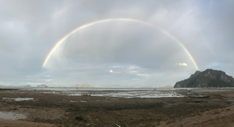 arcobaleno-corong-corong-beach-el-nido-palawan