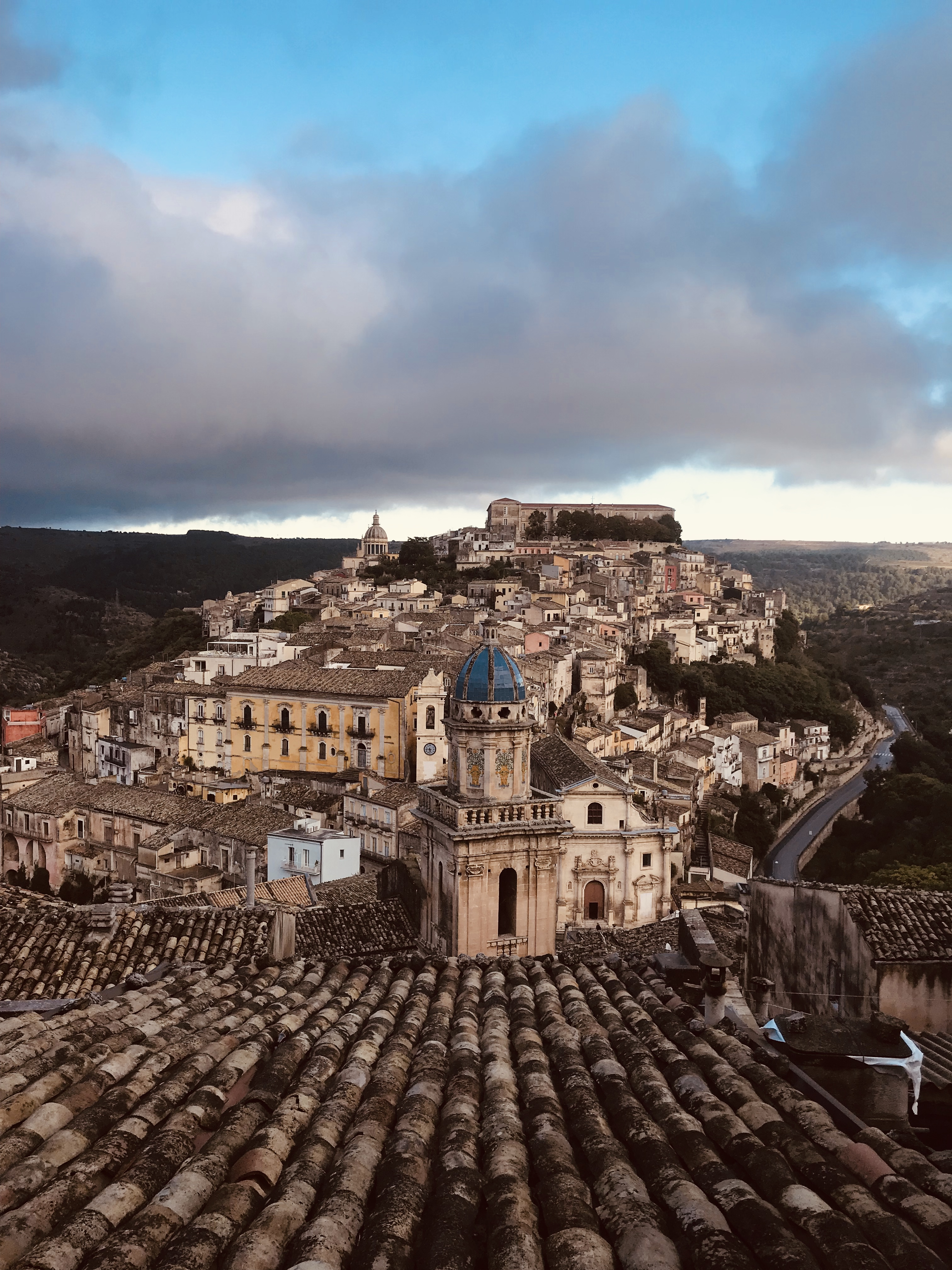 vista-chiesa-santa-maria-itra-ragusa-ibla