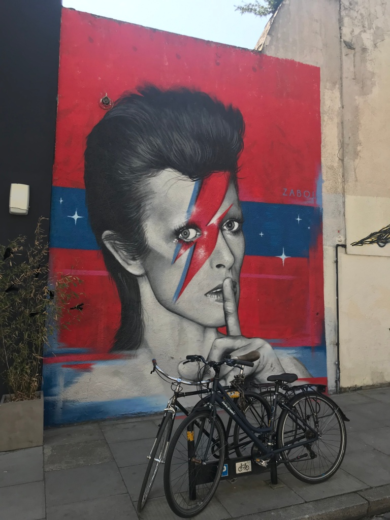 murales-david-bowie-broadway-market-londra