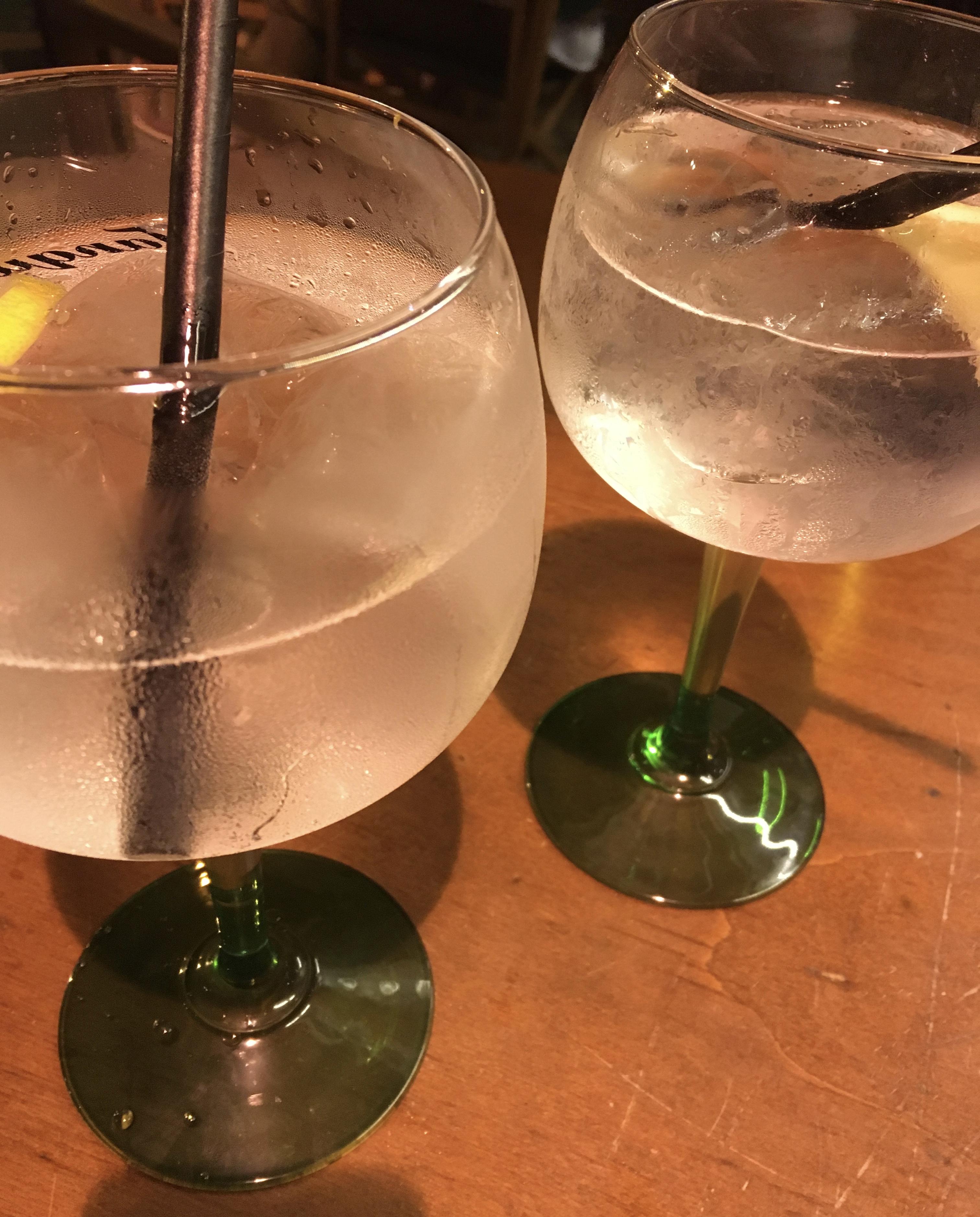 gin-tonic-xoriguer-maó-minorca-spagna
