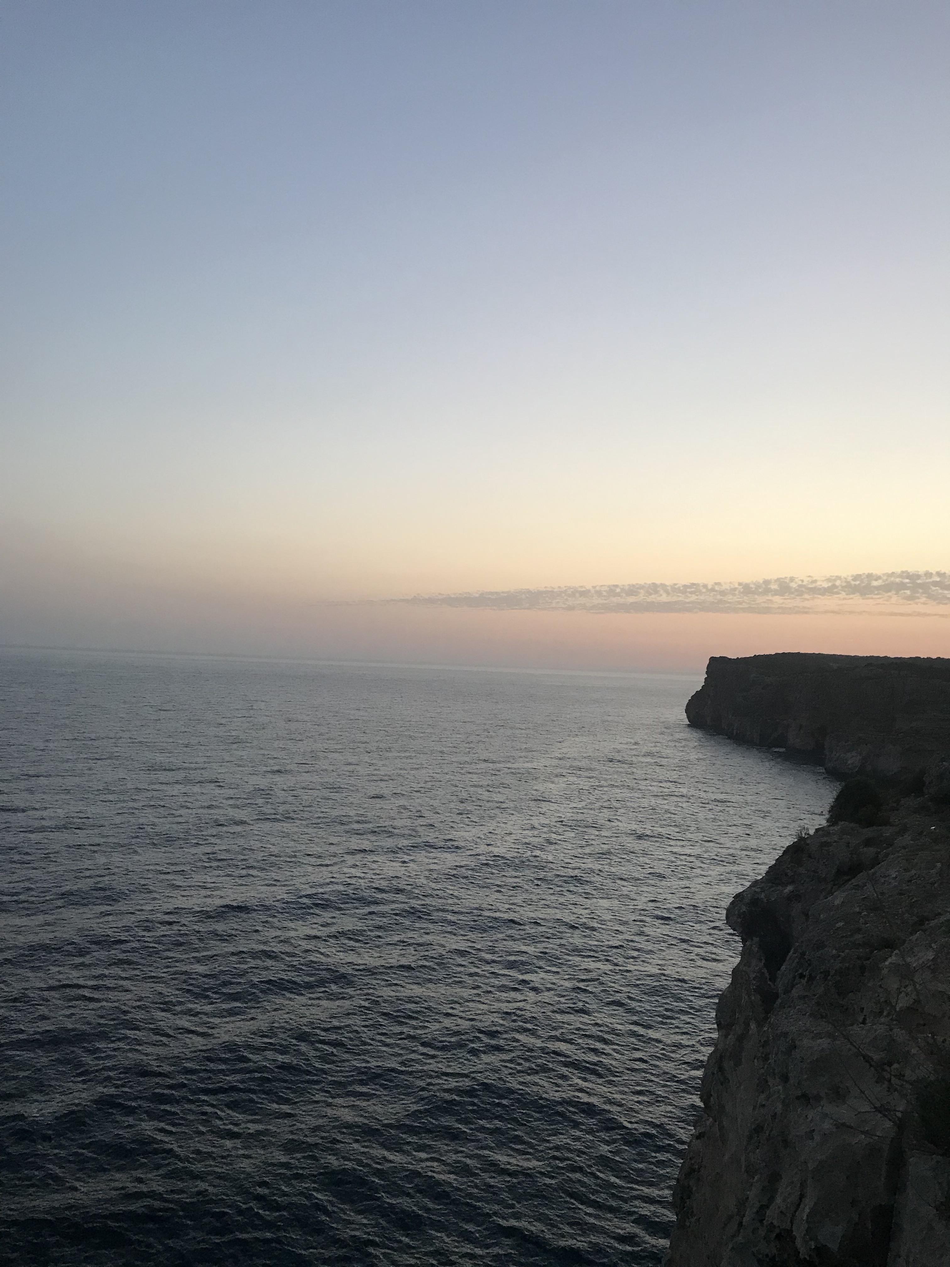 vista-cova-den-xoroi-minorca-spagna