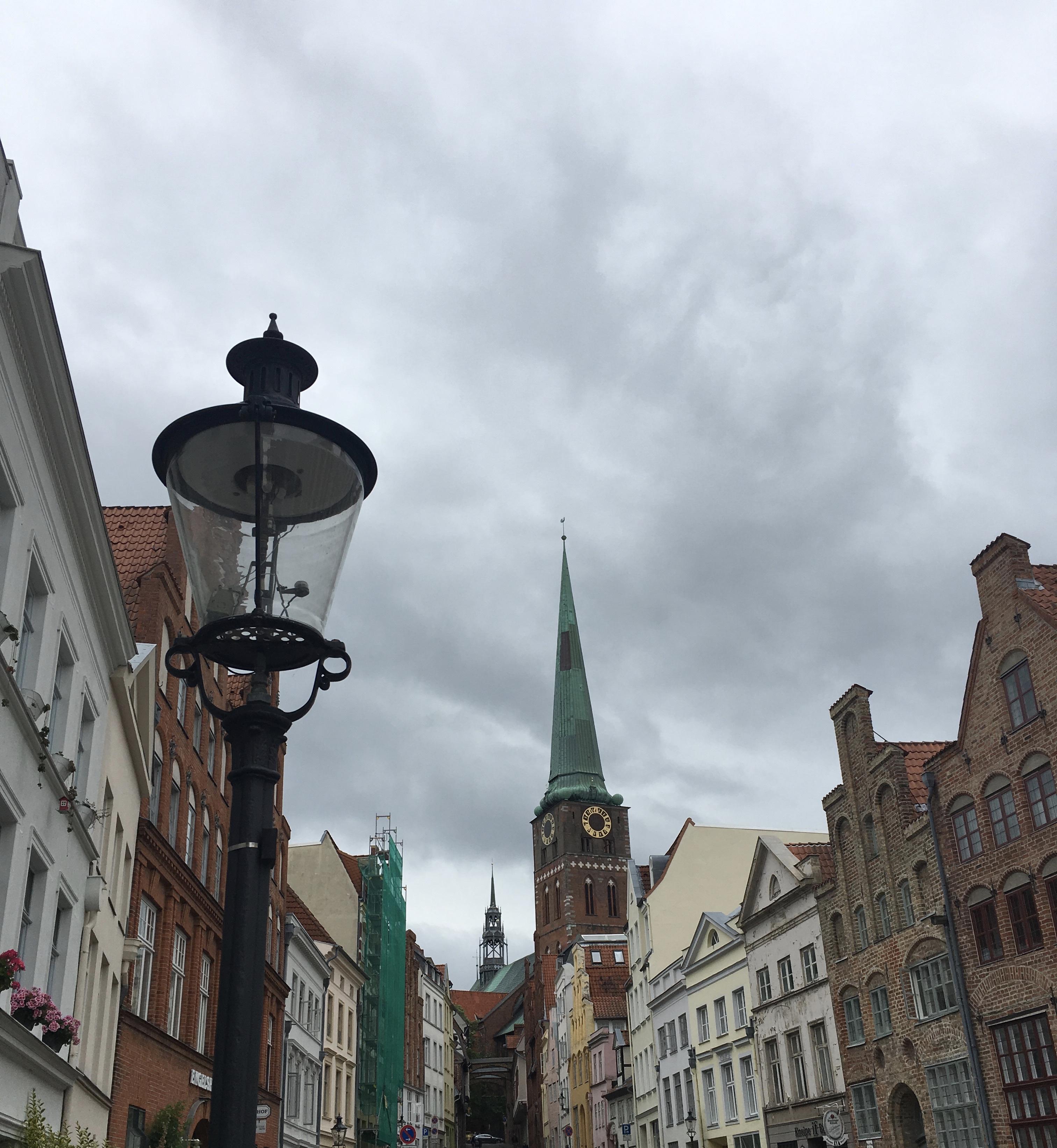 stradine-centro-storico-lubecca-schleswig-holstein-germania