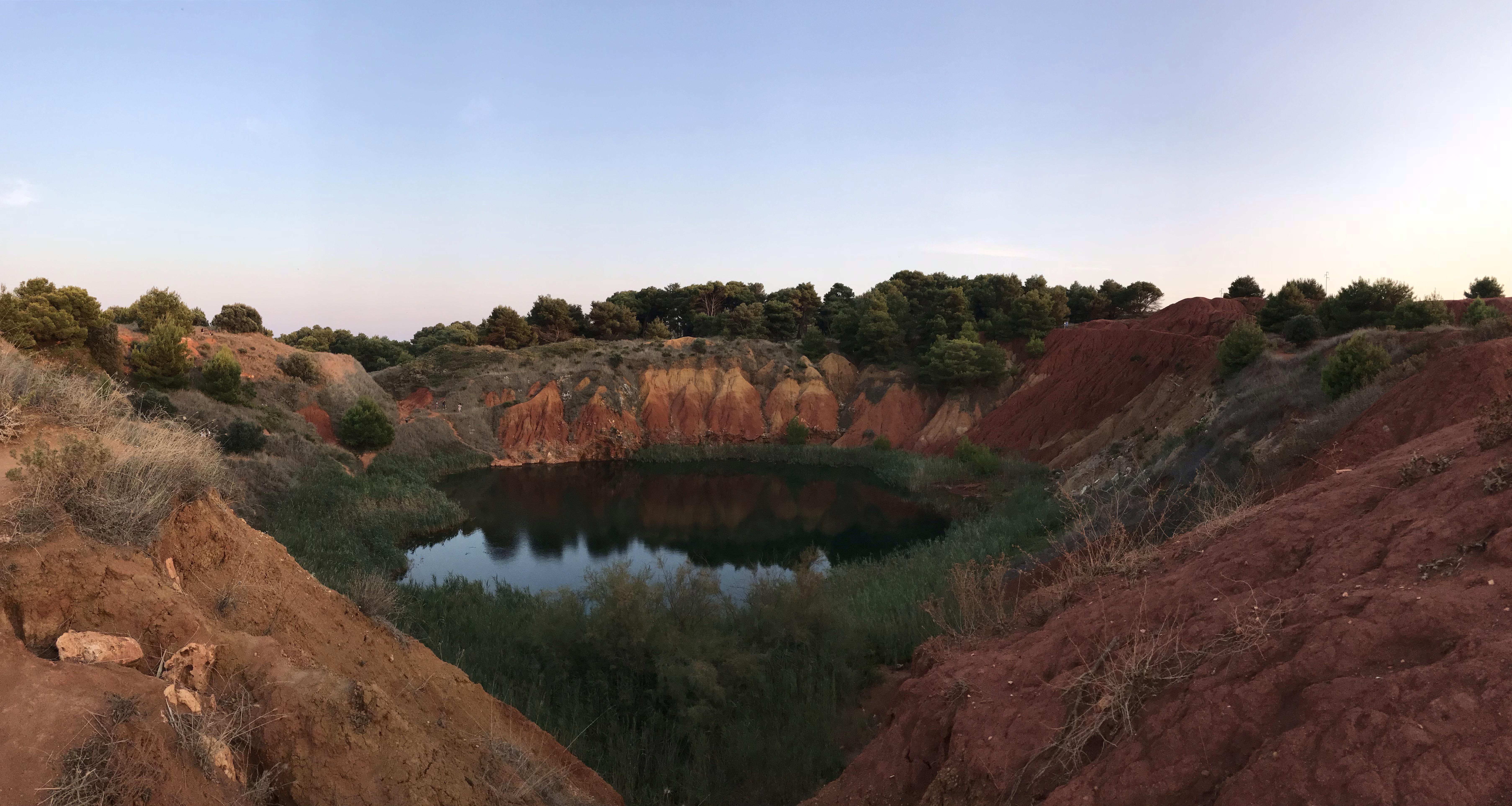 cava-bauxite-otranto-puglia-italia