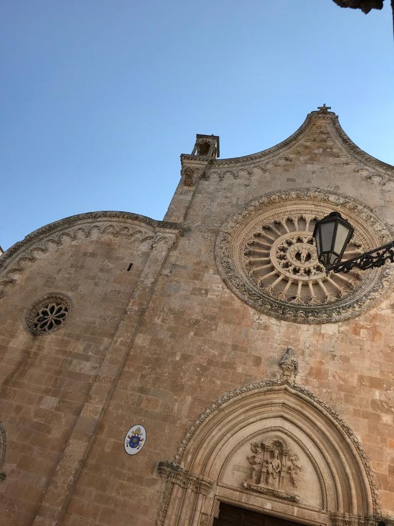 cattedrale-ostuni-brindisi-puglia-italia