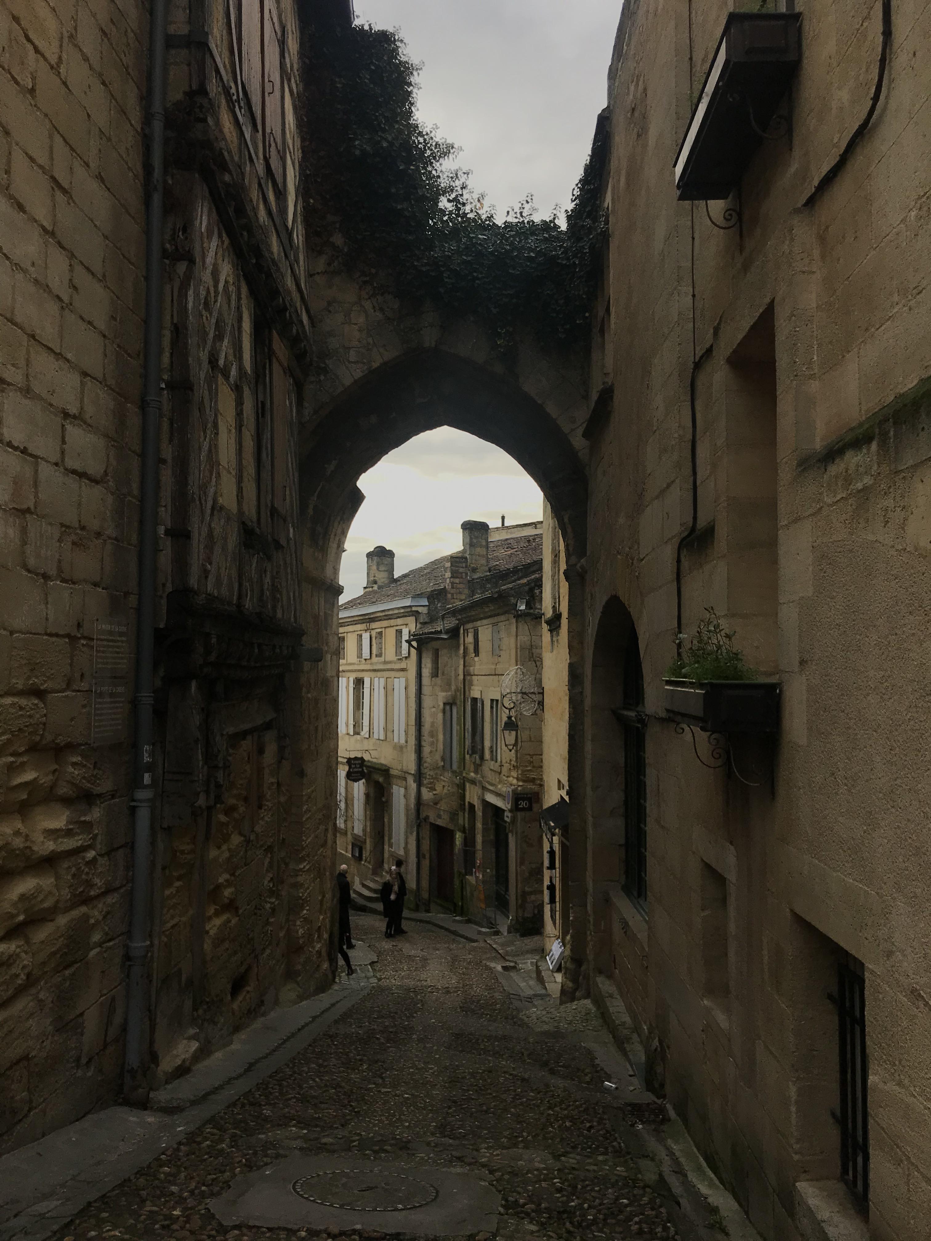 stradina-centro-storico-saint-émilion