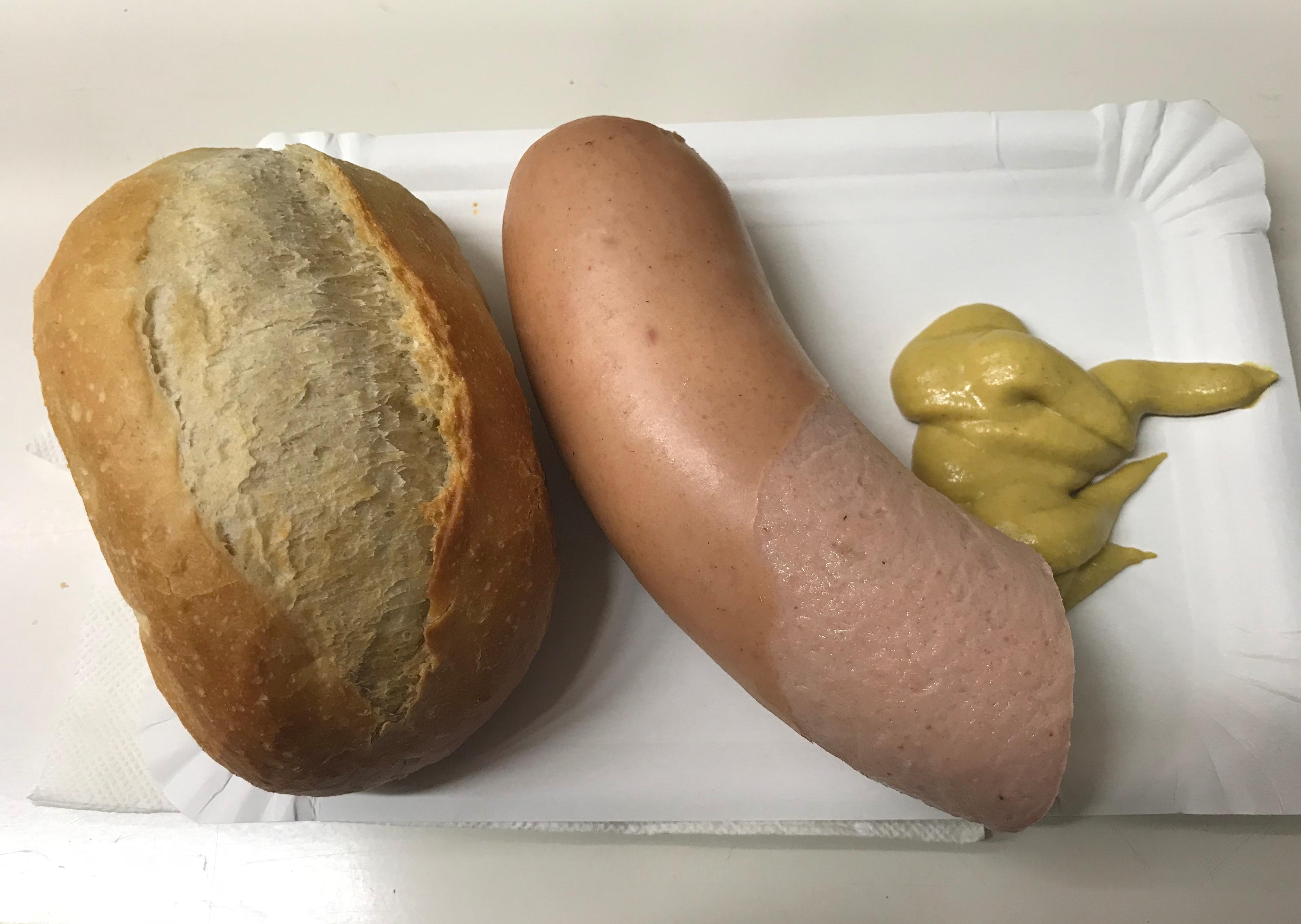 fleischwurst-cucina-tedesca-francoforte-germania