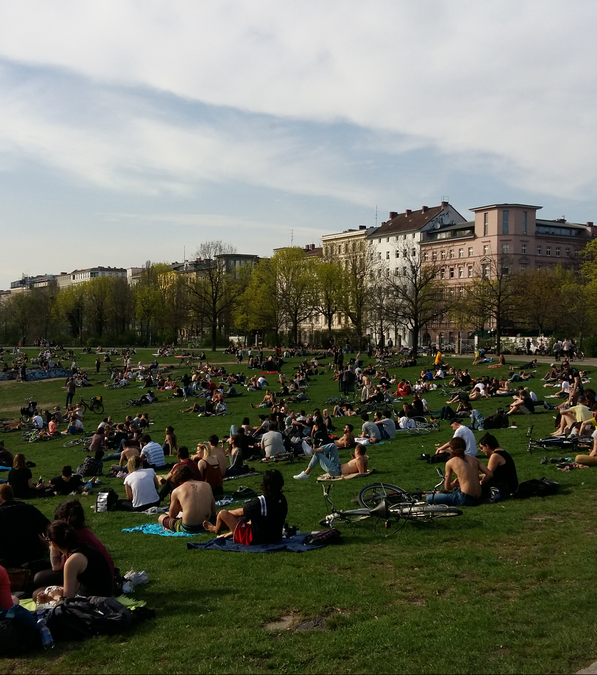 prendere-il-sole-görlitzer-park-berlino