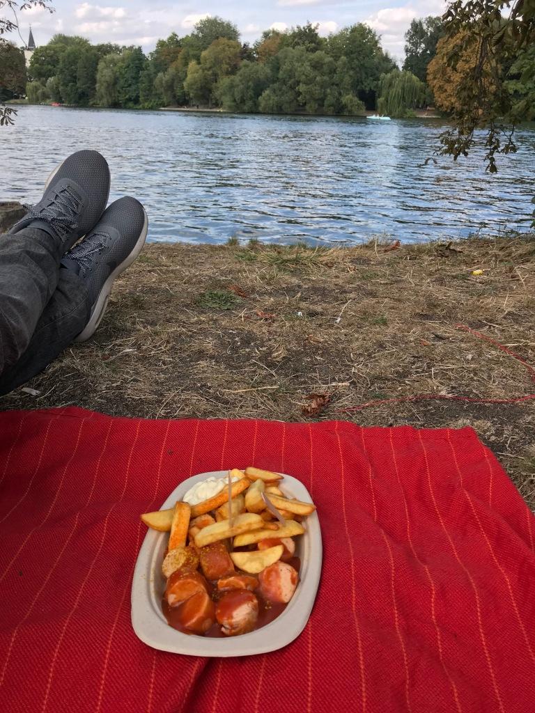 currywurst-insel-der-jugend-treptower-park-berlino