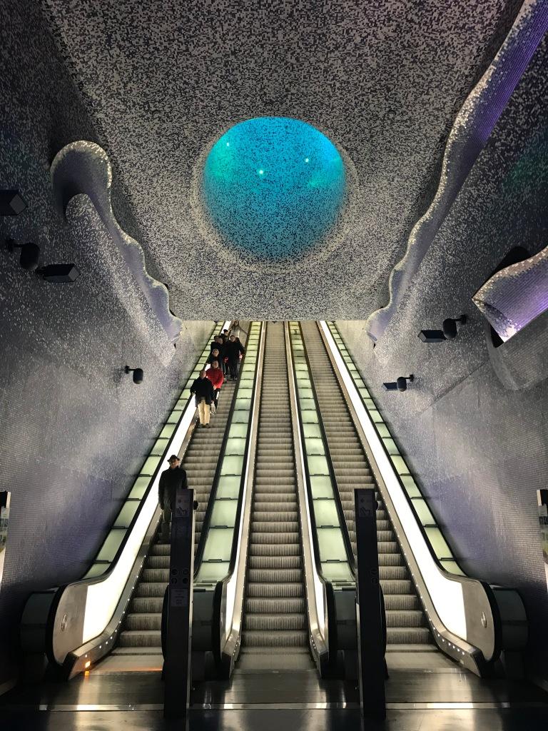fermata-metropolitana-toledo-napoli