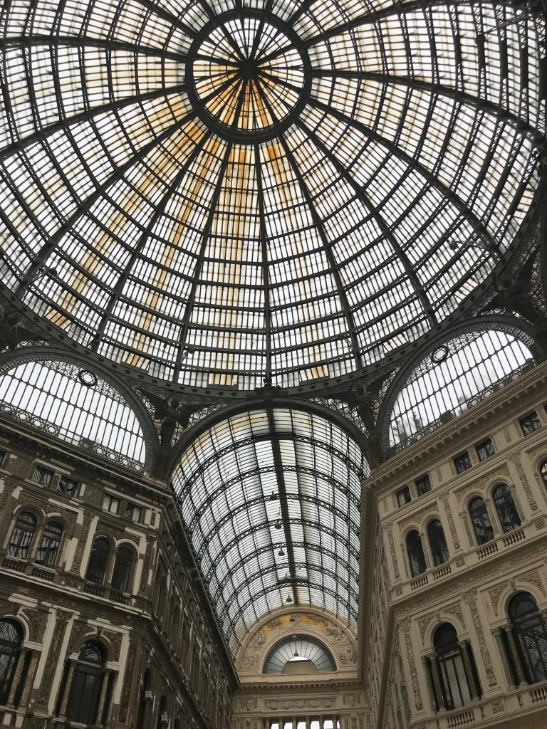 galleria-umberto-primo-napoli-italia