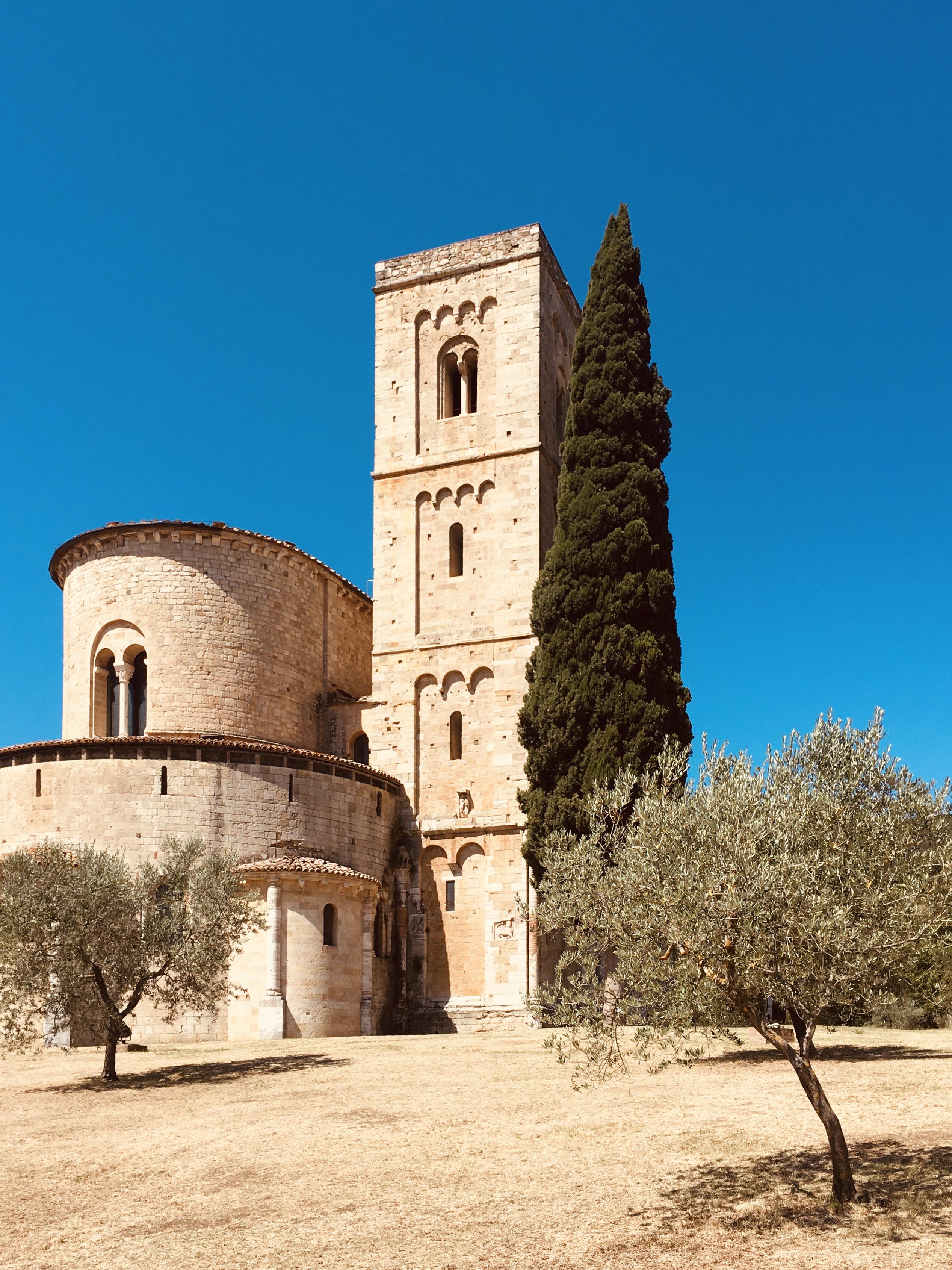 abbazia-sant-antimo-castelnuovo-dell-abate