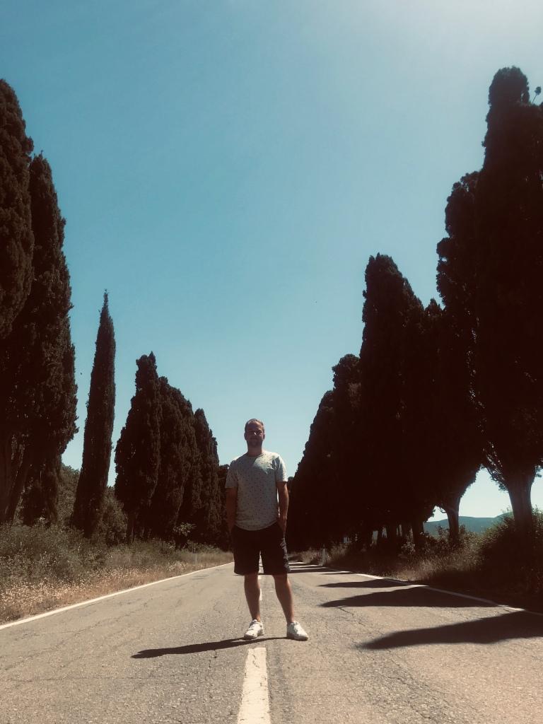 Johannes sul Viale dei Cipressi - Castagneto Carducci, Toscana, Italia