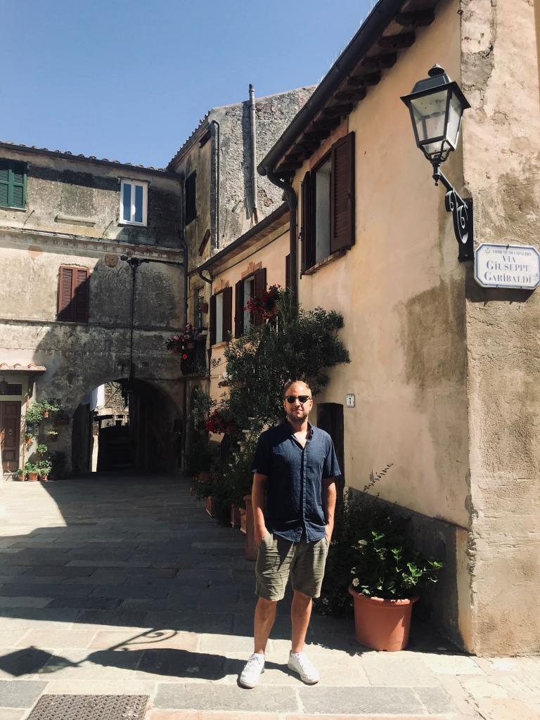 Johannes in via Giuseppe Garibaldi, downtown Capalbio - Maremma, Toscana, Italia