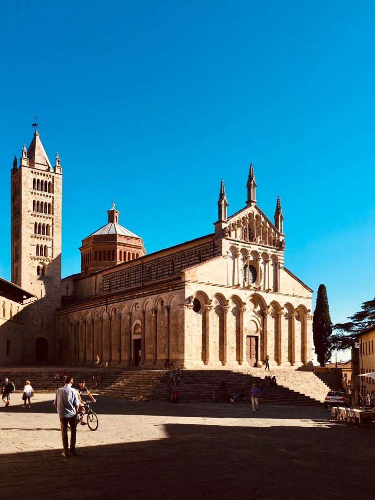 Piazza Garibaldi e la Cattedrale di  San Cerbone - Massa Marittima, Toscana, Italia