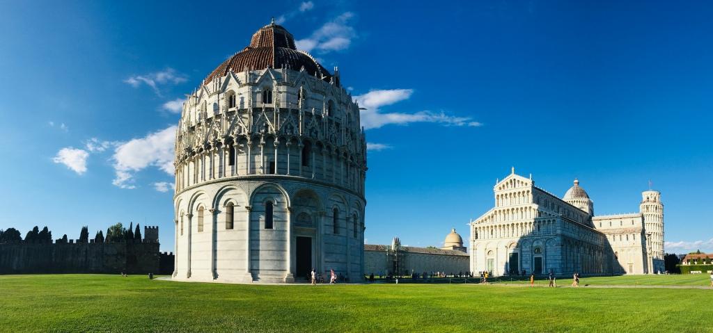 La spettacolare Piazza dei Miracoli - Pisa, Toscana, Italia