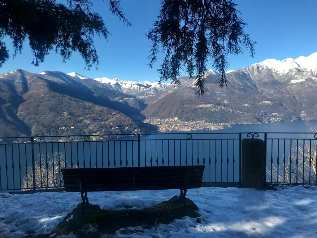 La vista dalla chiesa di San Rocco - Campagnano, Lombardia, Italia
