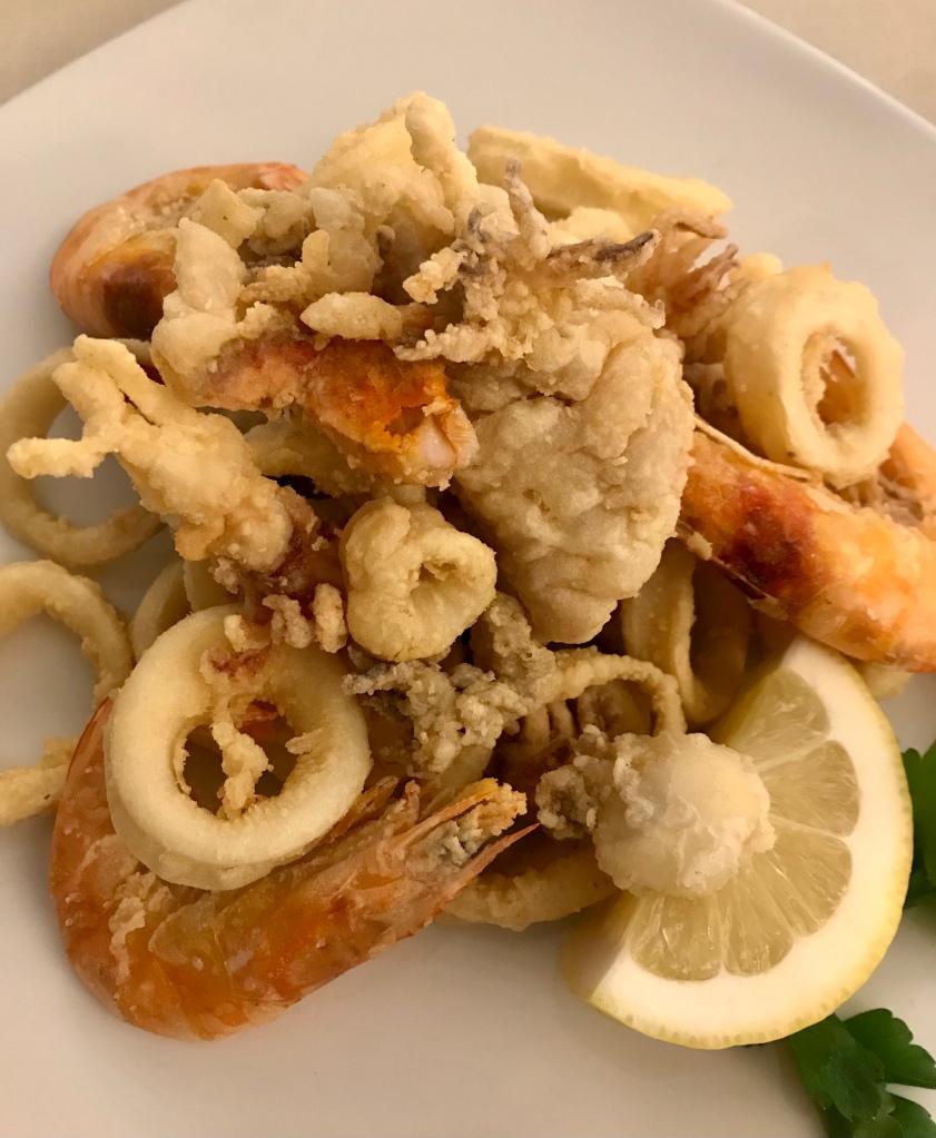 Un piatto di fritto misto da Ristorante Al Pescatore - Sirmione, Brescia, Italia