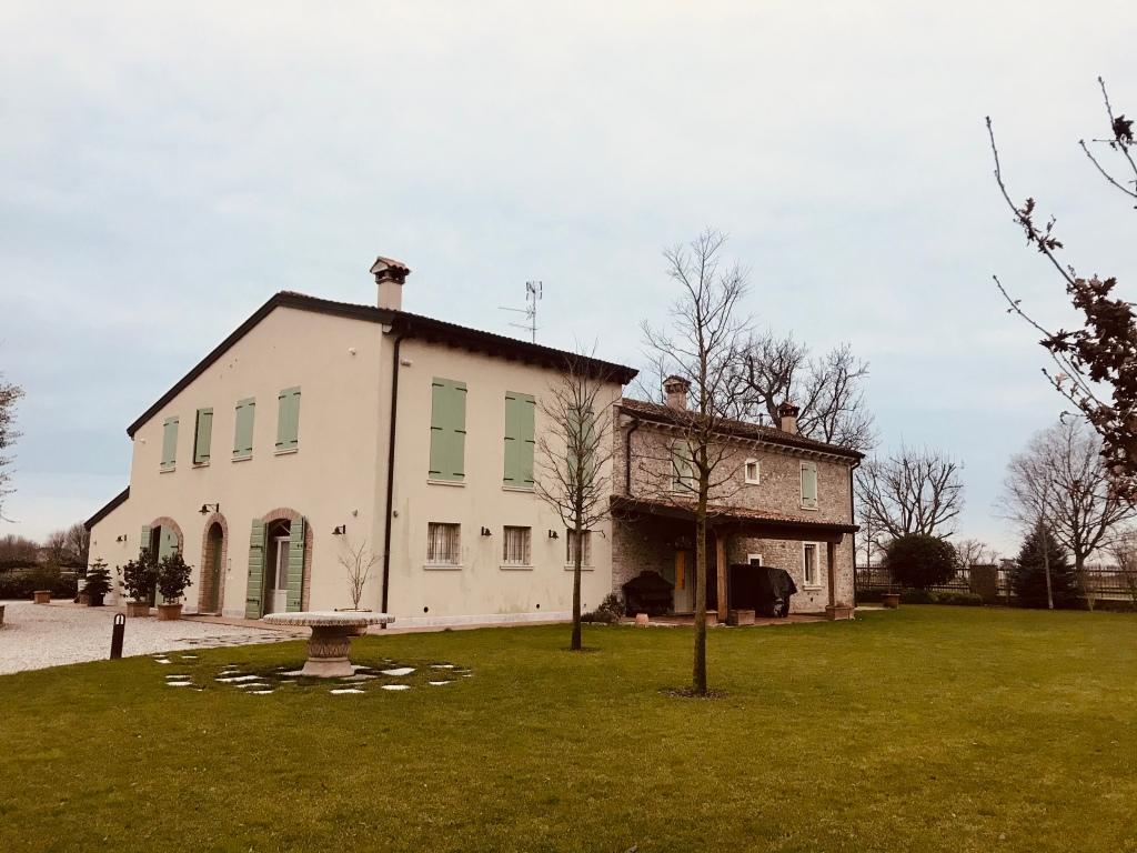 Il loghino dove abbiamo soggiornato durante il nostro viaggio nel Mantovano - Roverbella, Lombardia, Italia