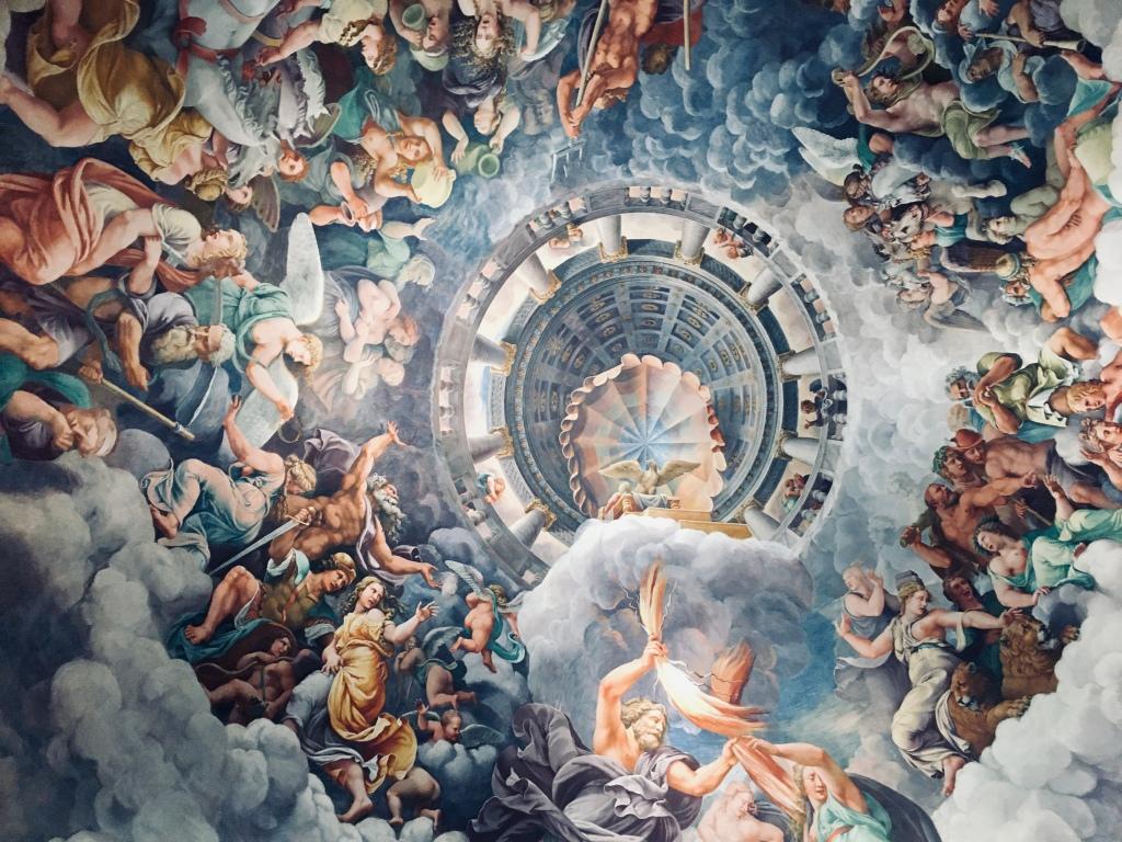 L'affresco che decora il soffitto de La Sala dei Giganti a Palazzo Te, opera di Giulio Romano - Mantova, Lombardia, Italia