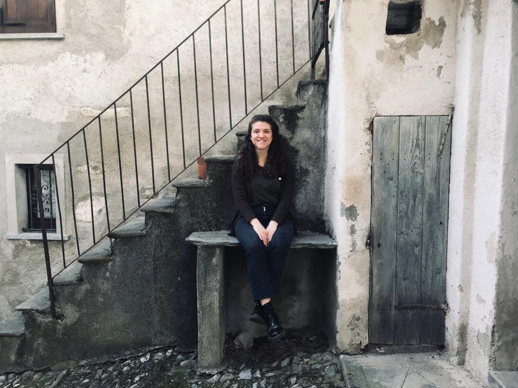 La felicità nel visitare il borgo dipinto - Arcumeggia, Varese, italia