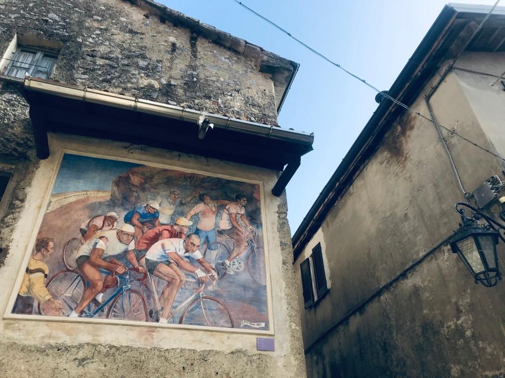 Uno degli affreschi più famosi del borgo - Arcumeggia, Varese, Italia