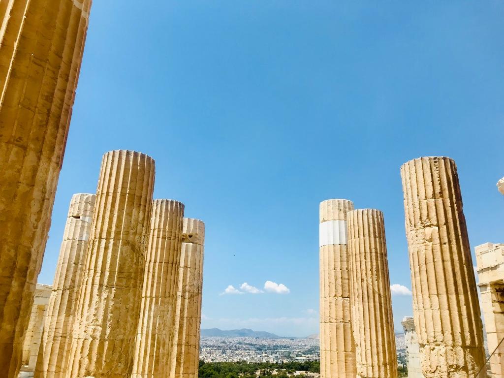 Le colonne del tempio di Atena Nike - Acropoli di Atene, Grecia