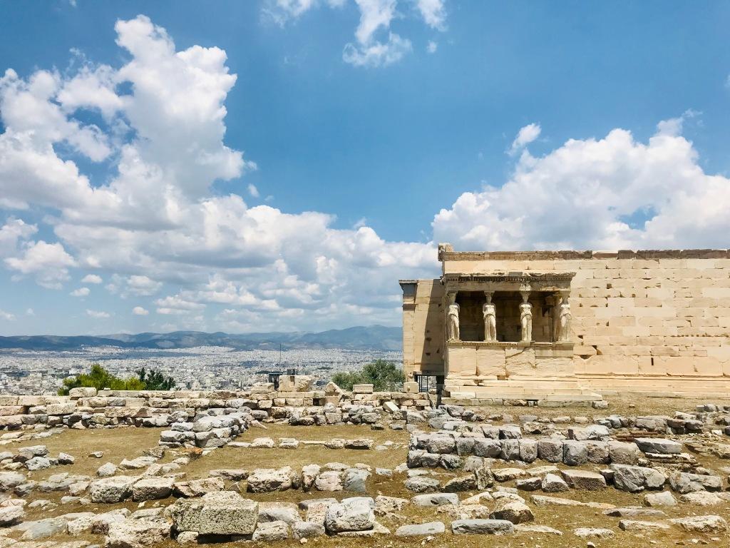 Vista sull'Eretteo e sulla città - Acropoli di Atene, Grecia