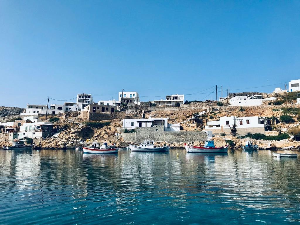 Barche di pescatori a Cheronissos - Sifnos, Isole Cicladi, Grecia