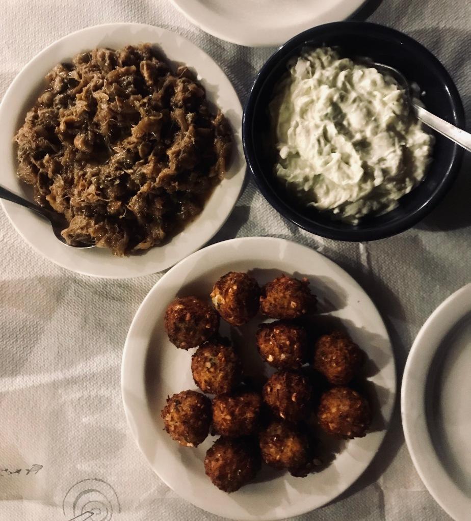 Cena greca divina al ristorante Tsikali! di Vathi - Sifnos, Isole Cicladi, Grecia